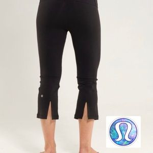 🧘🏻♀️ LULULEMON crop yoga pants leggings